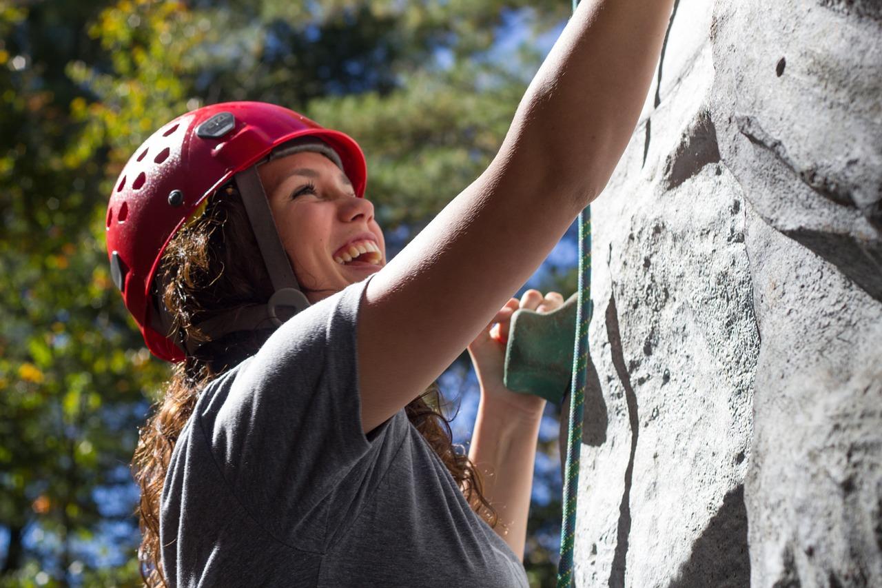 climbing-525768_1280